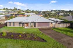 """Located on 1213m2 in the prestigious """"Willow Grove"""" estate, this brick home is in immaculate conditi..."""