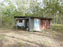 Do you need a weekend getaway but have a tight budget? Why not grab this private 2.15ha (approx. 5 a...
