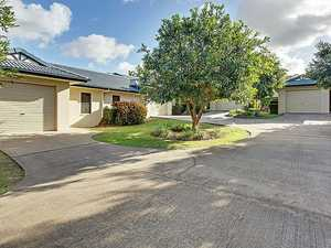 "FOR SALE: ""LAKEVIEW VILLAS"" COMMUNITY TITLE SCHEME 1 HARINGTON AVENUE (WILLOW GROVE ESTATE) SOUTHSIDE GYMPIE"