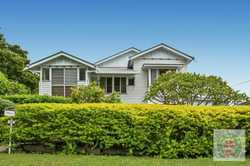 This affordable, north easterly facing, highset home is located right in the heart of Gympie on a...
