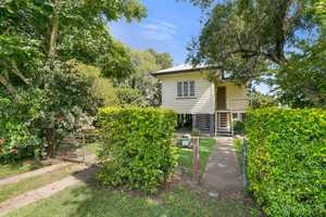 Are you looking for your next investment property? Looking to do some renovating? This solid highset...