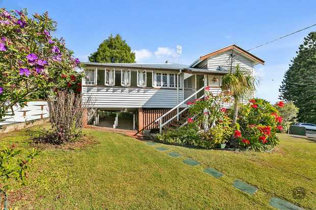 This beautifully presented Queenslander has been lovingly owned by the same family for 55 years.  It is...