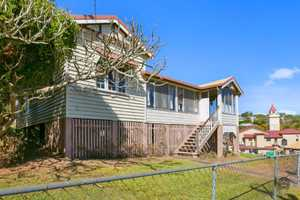 This Queenslander situated on a flood free 754 m2 allotment, in the heart of Gympie is eagerly awaiting...