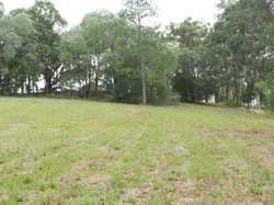 Situated approx. 6 minutes east of Gympie at Veteran is this picturesue 2 acre block fully fenced wi...