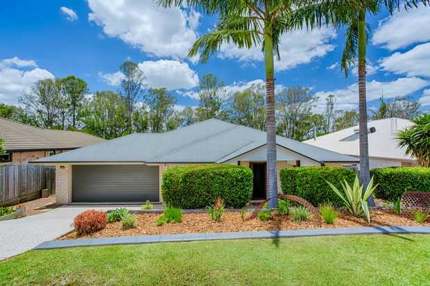 Set out on a 800m2 block, this 12 year old home is perfect for the growing family.  From the moment you...