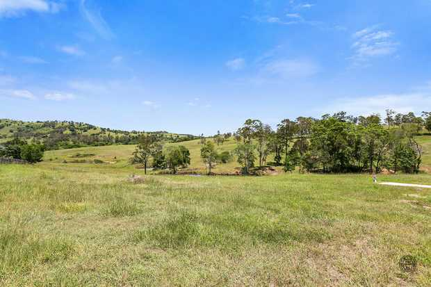 Situated in Allen Park Estate at Chatsworth, a  prestige limited lot development just minutes from...