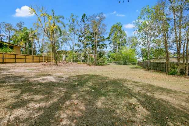 Located on Koumala Road on Gympie's Southside, this 691 square metre vacant allotment is waiting for...
