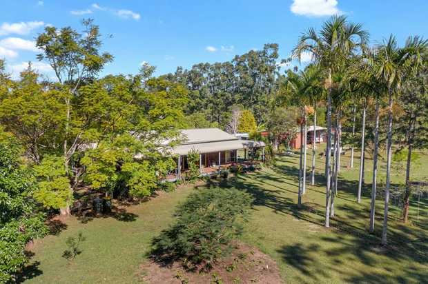 If you are looking for the perfect life style property this one is worth a look. The moment you drive...